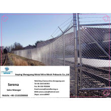 china manufacture galvanized bared wire security fencing