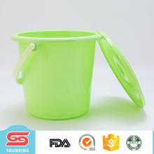 Tipo de herramienta de limpieza europea 5L cubo de agua de plástico grande con tapa