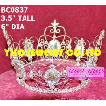 Coroa bonita do concurso de cristal