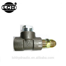 different types pipe fittings like swage type fittings and grease fitting types