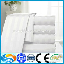 Lits de lit d'hôtel utilisés à 100%
