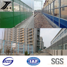 China PVC Coated Sound Barrier in Highway