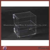 Clear thickening 2 layered table acrylic/lucite showcase with a handle