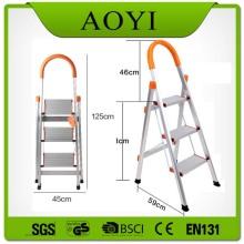 Escada tipo alumínio D tipo