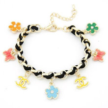 Nouveau design raffiné Bracelets tissés faits à la main avec des fleurs / lettres Bracelets de mode FB02