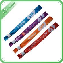 Le plus nouveau bracelet de tissu tissé de style de 2016 avec le recyclage réutilisent des perles