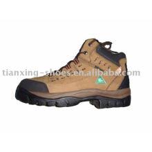 CSA chaussures de randonneur