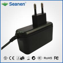 Adaptador de corriente de 12 V y 1.5 A conforme con el nivel VI de ERP 6