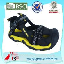 Último nuevo diseño se divierte los zapatos de las sandalias Sandalias 2015 de la cinta de la impresión