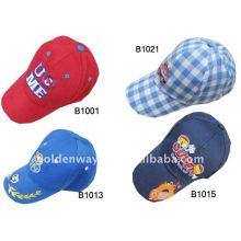 Chapeaux brodés personnalisés