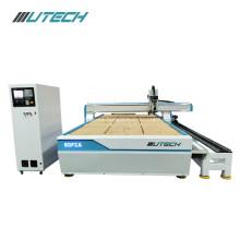 Puerta de madera que hace la máquina de corte enrutador cnc
