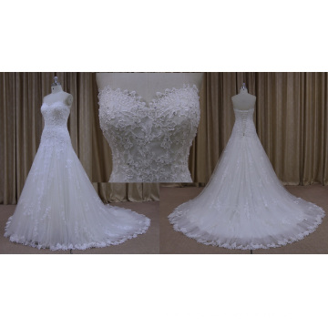 Diferentes tipos de mujeres que casan el vestido nupcial