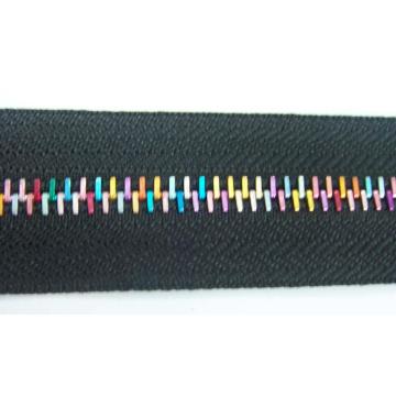Metal Zipper for Garments 7038