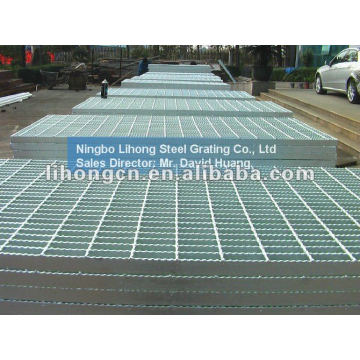serrated style metal grating
