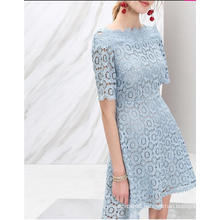 Flower Lace off-Shoulder Light Blue Half Sleeve Women′s Dress