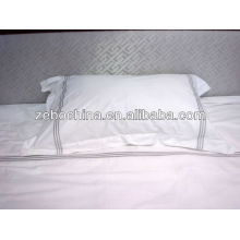 Fashionable design direct factory made custom wholesale hotel 100 polyester fiber pillow
