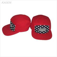 5 painel de algodão cinta de volta chapéus com metal fivela vermelho 5 painéis de chapéus com tecido rotulado ponto de impressão 5 painel chapéus e bonés