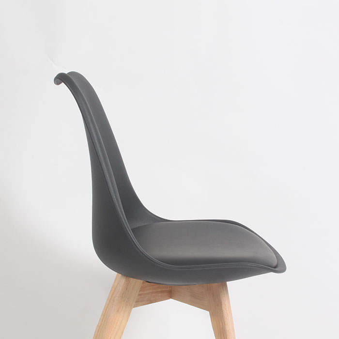 Eames Style Padded Oslo Roxy chair