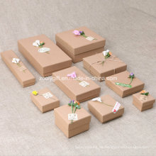 Caja al por mayor del embalaje del regalo de la joyería de papel de Kraft DIY pegada con la flor