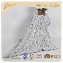 manta de piel falsa cepillada del modelo de onda con el lado trasero del paño grueso y suave