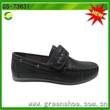 Sapato de tecido de couro Softextile formal de sola plana de velcro