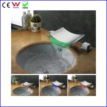 Mitigeur de robinet de lavabo bassin à eau à double poignée à trois poignées (FD15100F)
