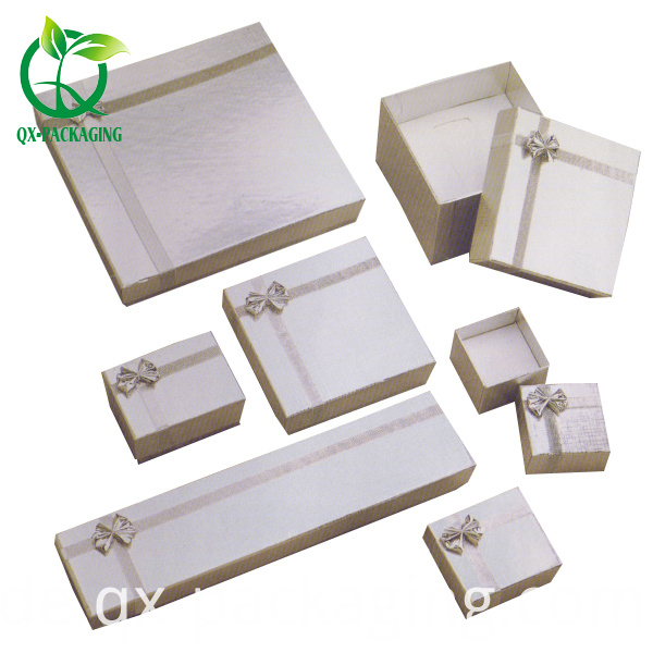 Cardboard Gift Boxes Wholesale