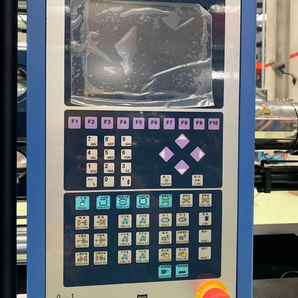 10injection Molding Machine