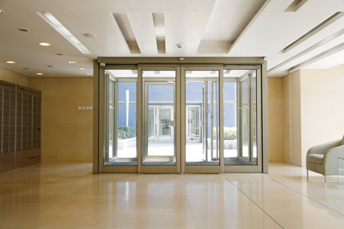 Sliding Door Operators with High Strength Supporting Beams