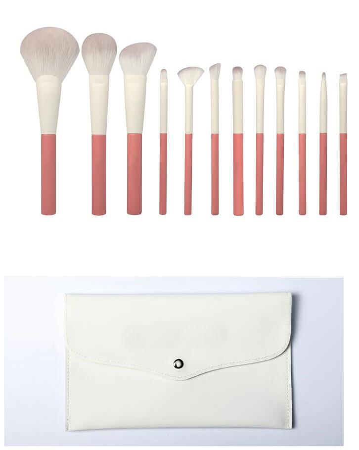 makeup brush with bag