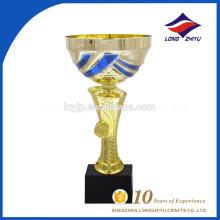 Fabrication en Chine Trophée unique d'excellence en or