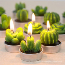 Зеленая свеча в форме кактуса