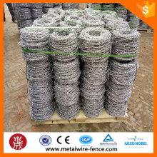 Fábrica de fornecimento de imersão a quente de peso galvanizado máquina de arame farpado