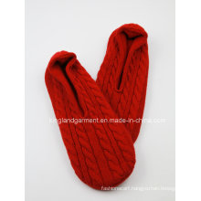 Acrylic & Fleece Children′s Quality Red Knitted Warm Socks
