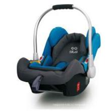 Детское автомобильное сиденье с задней облицовкой для группы 0