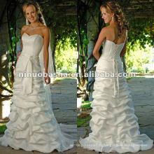 Милая декольте с элегантным поясом свадебное платье