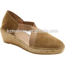 Мода дамы весной клин сандалии кроссовки