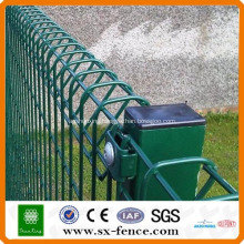 Decorative Triangle Roll Top Fencing