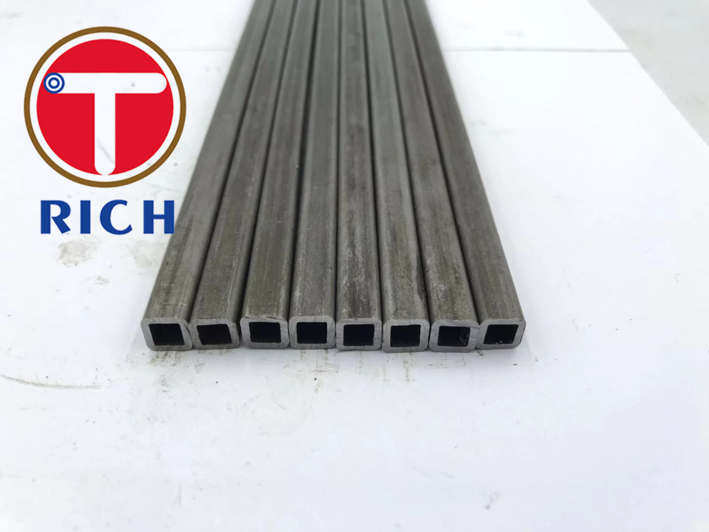 ASTM A500 Gr C Carbon MS Steel 1020 Shaped Small Diameter Structural Rectangle Seamless Square Tube