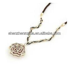 Мода ювелирные изделия полые цветок подвеска ожерелье фарфор поставщик