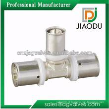 Bem vendido feito na China Forged cw614n ou cw617n latão tubo montagem chrome chapeado tee para tubos