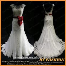 Robe de mariée en alibaba blanche avec ruban de satin rouge A Line robe de mariée élégante robe de mariée en doigt bas en argent noir