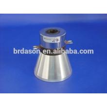 Les transducteurs ultrasoniques pratiques pour le nettoyage