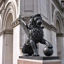 2018 venta caliente columbia pequeña estatua de león volador de bronce