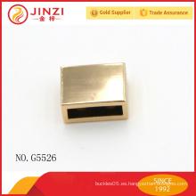 El nuevo oro del diseño graba el ornamento del bolso con el metal para el bolso