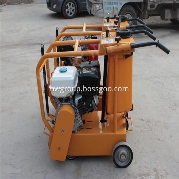 gasoline road cutting machine