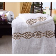 100%Cotton Embroidery Logo Hotel Towel Set