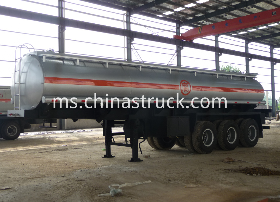 3 axle sulfuric acid tank semi-trailer