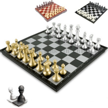 OEM Hot Sale Folding Magnetic Wooden Chess Set Board Game