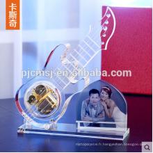 Modèle en cristal de guitare en verre avec le cadre de photo pour le cadeau de souvenirs de mariage